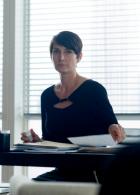 Jeri Hogarth (Carrie-Anne Moss)