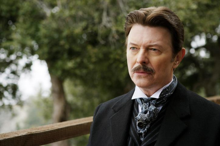 still-of-david-bowie-in-the-prestige-(2006)-large-picture.jpg
