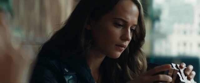 tombraider-xgeeks-trailer-review-3.jpg