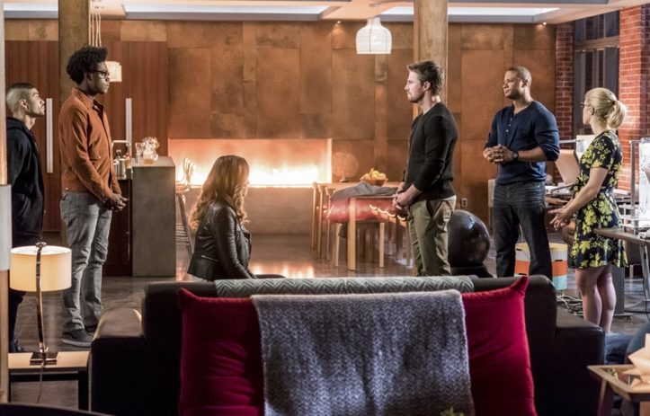 xgeeks-arrow-s6e10-divided-review-1.jpg
