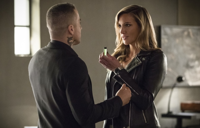 Arrow-S6E17-BrothersInArms-review-xgeeks-2.jpg