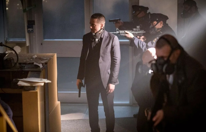 Arrow S6E22 - 'The Ties That Bind-1.jpg