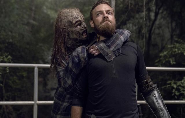 thewalkingdead-openyoureyes-season10-episode7-review-aaron-gamma